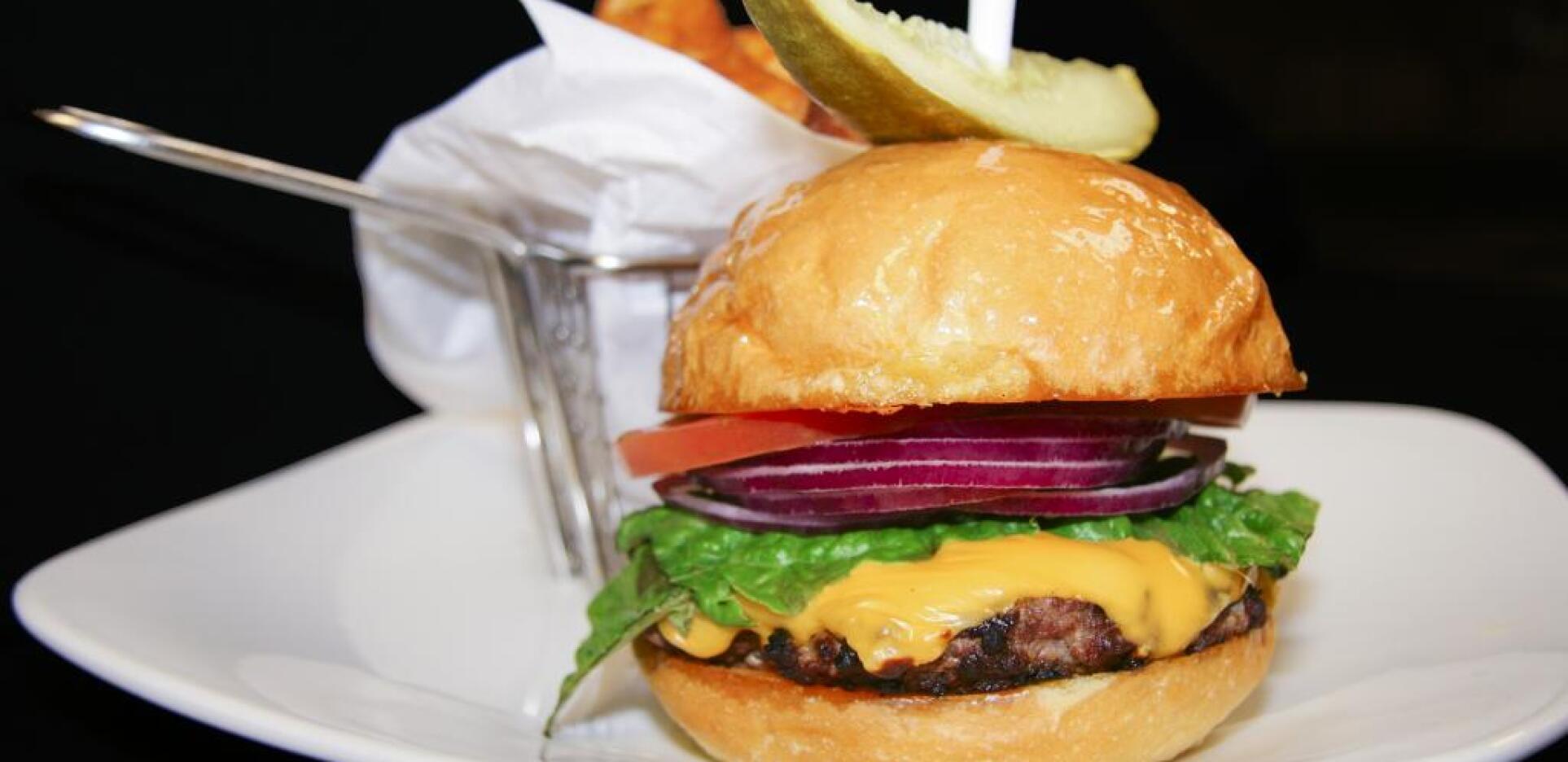 El Conquistador, Overlook Restaurant, Tucson Arizona, Burger
