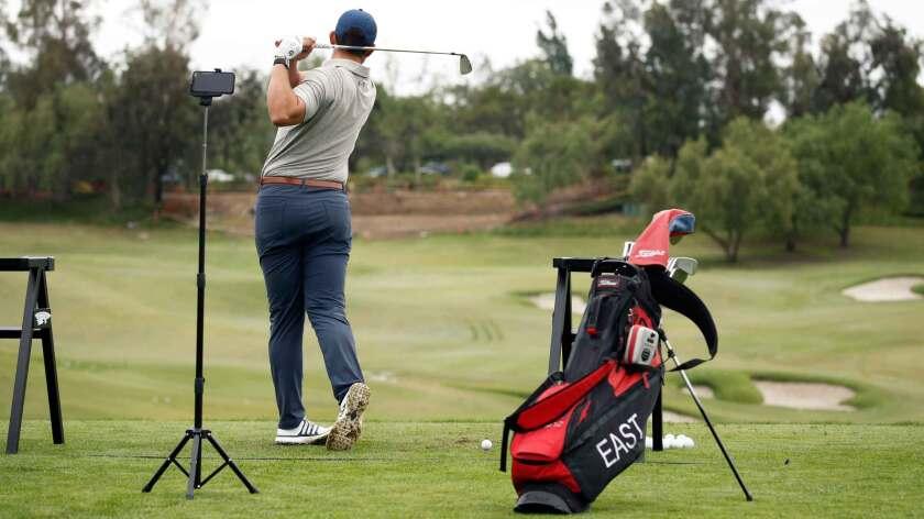mobile-toptracer-golfer.jpg