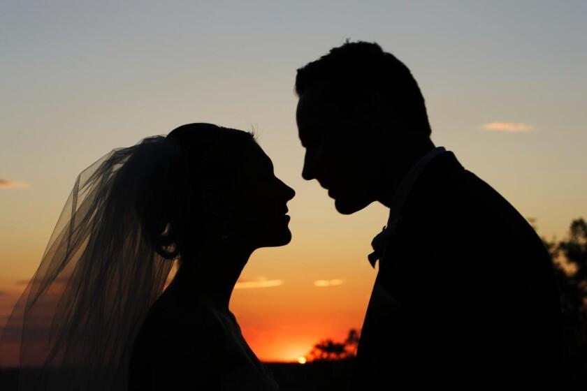 El Conquistador, Wedding Venue Oro Valley, Bride Groom Sunset