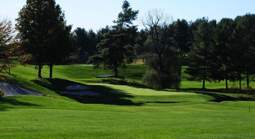 Lexington Golf & Country Club, Hole 9
