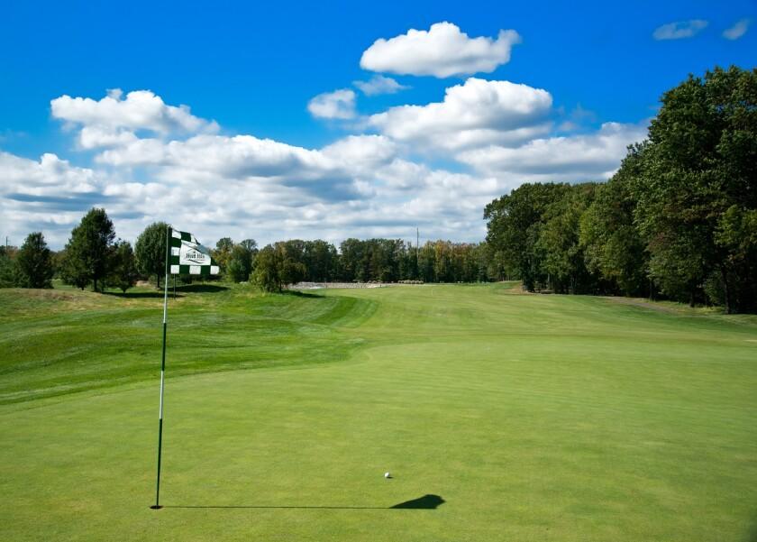 Hole 8 at Hyatt Hills Golf Complex