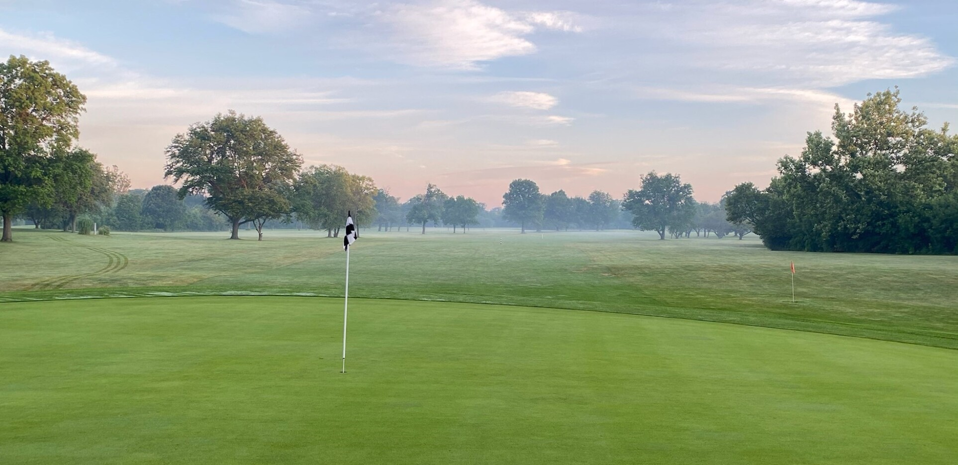 Meadowlark Golf Course located in Hinsdale, Illinois