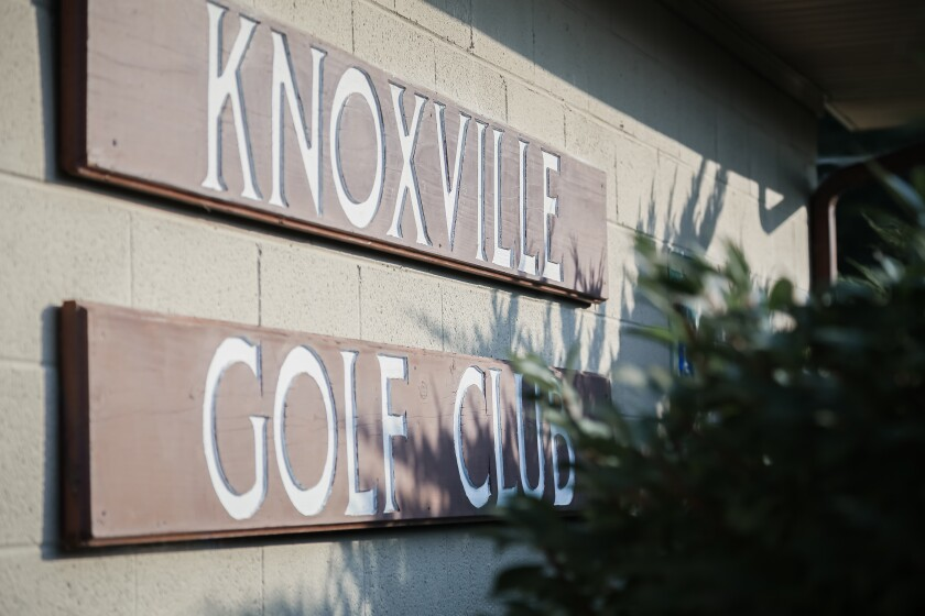 Knoxville Golf Club Sign