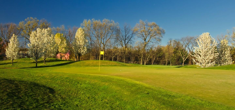 Hole 1 at Hyatt Hills Golf Complex in Clark, New Jersey