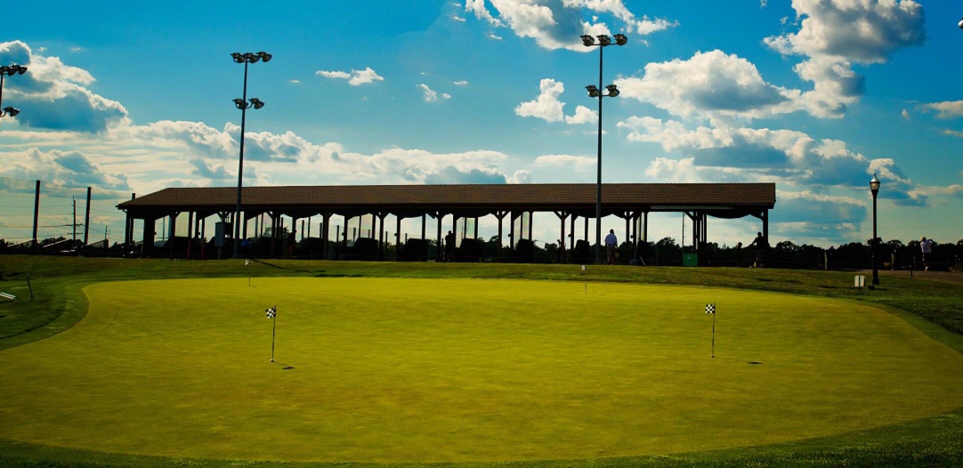 putting green at Hyatt Hills Golf Complex