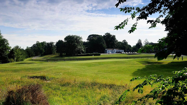 Ed Oliver Golf Club, Wilmington Delaware, Hole 1