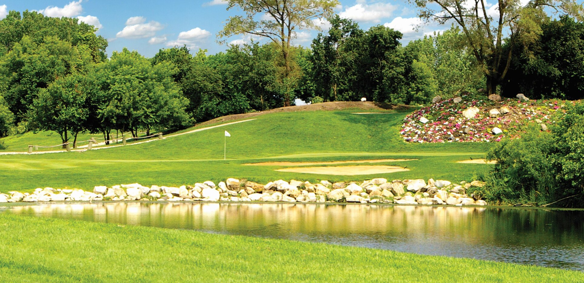 Water's Edge Golf Course